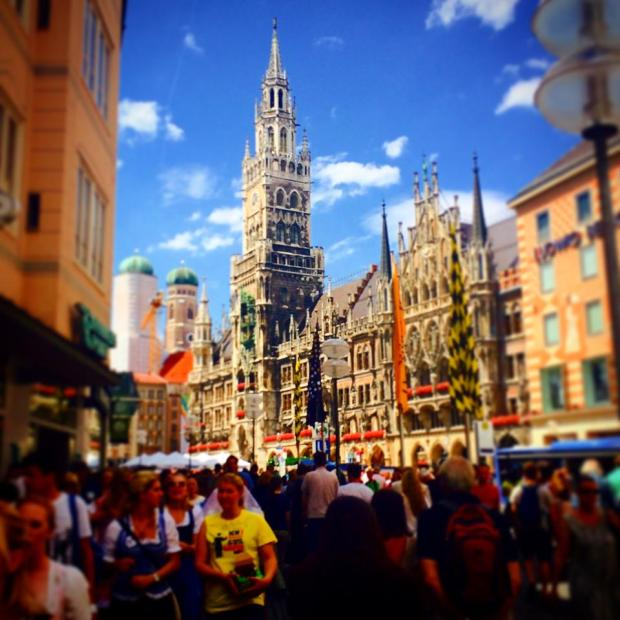 I will never get sick of it. The Rathaus-Glockenspiel, Marienplatz. #Day21, #nataliegeographic